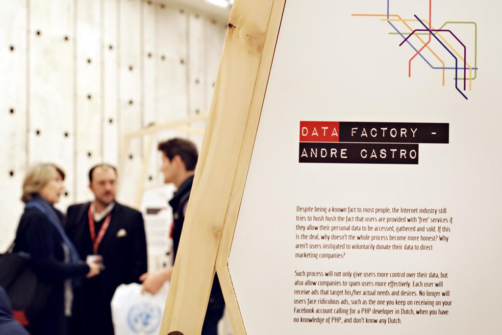 ART@IGF exhibition IGF2017 United Nations Andre Castro - Data Factory